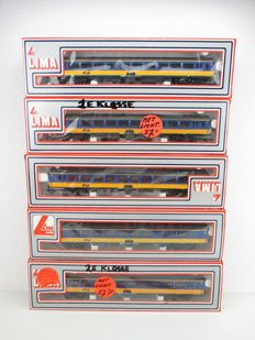 Lima H0 - 309106/309107 - Five carriages of the NS