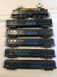 Lima H0 - Electric locomotive Series 1200 and 5 passenger carriages of the NS