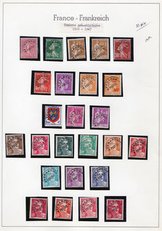 France 1922/1998 – Large collection of pre-cancelled on Leuchtturm pages, between Yvert no. 44 and 243