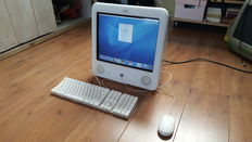 Apple eMac G4 PowerPC (A1002) 17''inch, 1Ghz, 256MB Ram, 40 GB HD incl. Original Apple Keyboard + Mouse