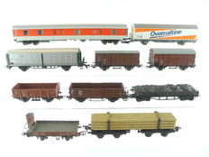 Roco/Trix/and others H0 - 10 different freight carriages of different railroad companies [734]