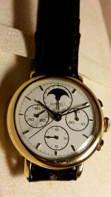 "Eberhard & Co ""Le Chronograph"" – Very elegant gold watch"