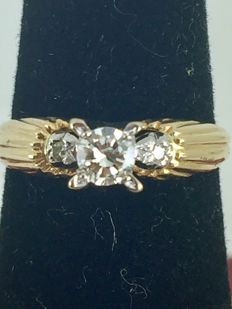 18k Gold engagement diamond ring - size 48