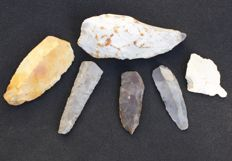 Collection of 6 flint artefacts - 6.5 cm to 11.5 cm (6)