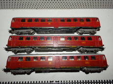 Lima H0 – 3-piece diesel train unit BR515 with 2 carriages of the DB