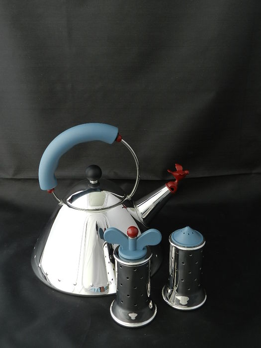 Michael graves for alessi kettle pepper grinder and for Alessi salt and pepper shakers