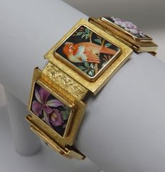 Bracelet of Fortune in 18 kt Gold  With oriental panels in porcelain