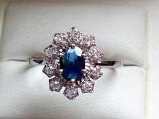 French 18 kt gold ring with sapphire and diamonds – ring size: 17.4 mm – 7- – 65 – 15 – No reserve price