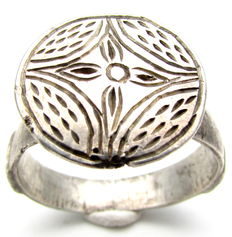 Crusaders Holy Land Silver Seal Ring with Star of Bethlehem on Bezel - 21 mm
