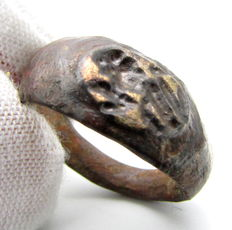 Ancient Roman Bronze Legionary Seal Ring with Lion