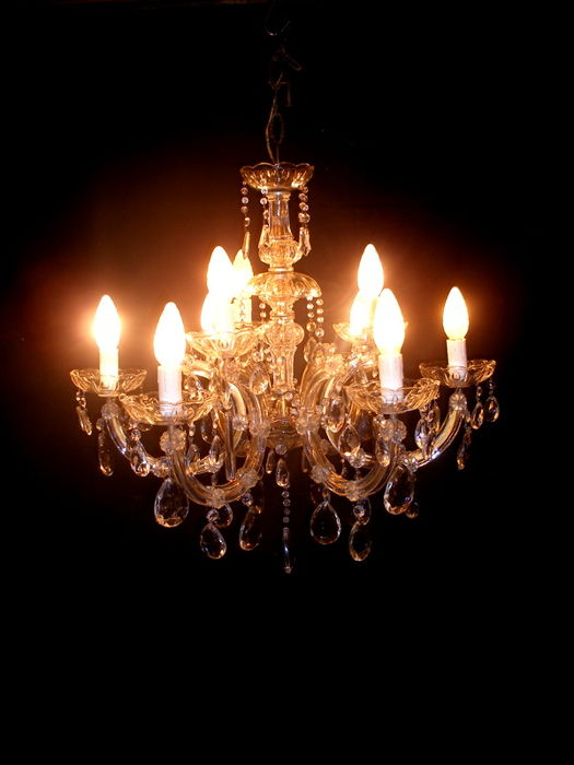 Maria Theresa style lamp, original vintage, with crystal glass and Murano glass pendants
