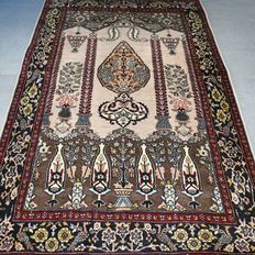 Magnificent Kashmir Ghom – 145 x 96 – very good condition – with certificate.
