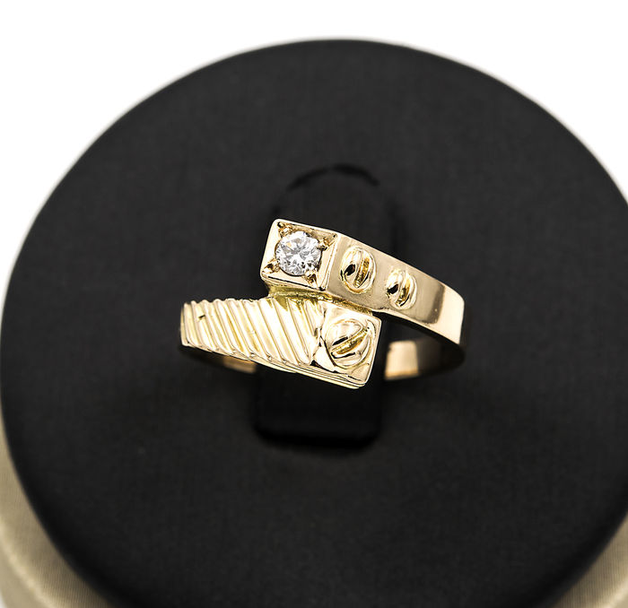 Yellow gold of 18 kt - Cocktail ring - Diamonds 0.15 ct - Inner diameter 16.00 mm