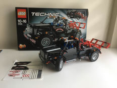 Technic - 9395 - Pick-Up Tow Truck