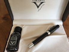 Visconti Opera fountain pen black with special 23 carat bi colour golden pen nib