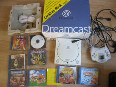 Sega Dreamcast boxed with 7 original Games and more.