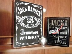 Big set of Jack Daniels JD handmade clock + gratis blackboard & tip bottle - 2015/6
