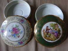 Two porcelain candy boxes from Limoges, collection.
