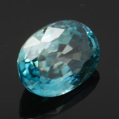Blue zircon – 2.17 ct – No reserve price