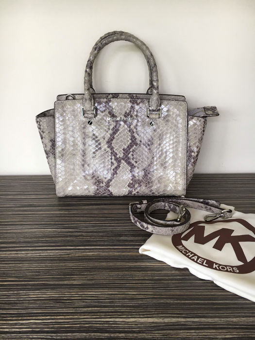 e0a3c3bb4ebc Michael Kors – Limited Edition Selma Snake handbag/shoulder bag ...