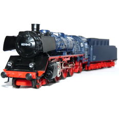 Märklin H0 - 3097 - Steam locomotive Series  with towed tender BR 03 of the DB