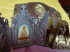 "Catholic devotion - brass half bust ""Ave Maria"", Italy; wooden box carved with the face of Mary, Florence, Italy; pewter triptych / altarpiece N.S. de los Remedios, carved in bas-relief with two angels praying on sides, Spain"