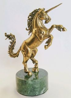 Fine-detail Bronze Unicorn figurine, set on natural serpentine stone - Stand for jewellery