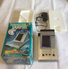 Bandai's Vampire Tabletop - Rare - 1984 - complete in box