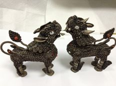 Two white metal Chinese foo dogs - China - second half 20th century