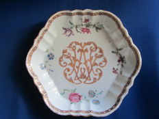 Pattipan with monogram - China - around 1780
