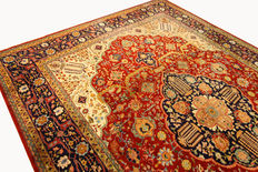 Fine Persian carpet – Tabriz – 4.00 x 2.95 m – red – hand-knotted – high-quality virgin wool – oriental carpet – top condition