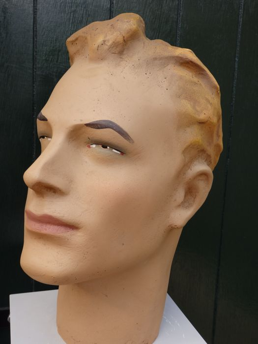 Life-size male mannequin bust - France - late 20th century.