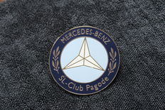 Mercedes-Benz Grill Badge - SL Pagode Club - circa 1980