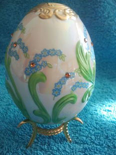 "House of Fabergé - Collector egg ""Royal Garden"" - porcelain - gold paint 22 k - (9.5 cm / 60 g)"