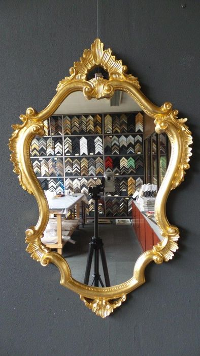 Large venetian crest mirror hand gilded gold 60 x 90 for Mirror 60 x 90
