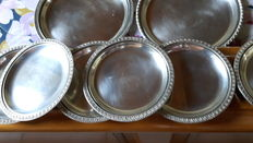 Set of 6 glass coasters and 2 bottle coasters - silver 800/1000 - Italy, 20th century.