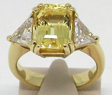 18k Gold Diamond and Yellow Sapphire Ring total: 8,53ct. - size 54