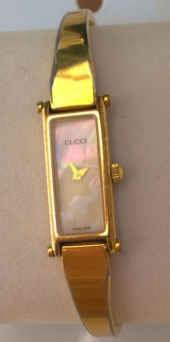 cf10ebdeec6 Fine and elegant Gucci 1500 L - mother-of-pearl dial - women s watch ...