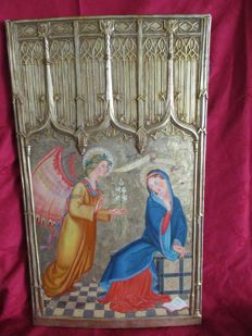 A neo Gothic carved and gilt wood/gesso relief representing the Annunciation - Spain - possibly 19th century