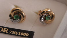 Yellow gold 750/1000. Gold earrings with green sapphire - no reserve