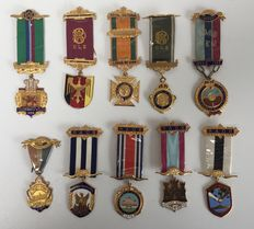 Collection of 10 medals