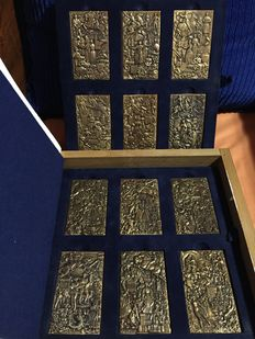 France - Collection of 12 commemorative plaques representing the French provinces - 1988 - Bronze
