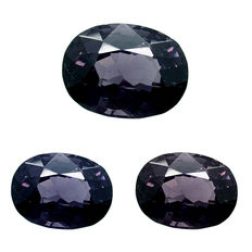 Blue-purple spinel with a light colour change – 2.52 ct. – No reserve price