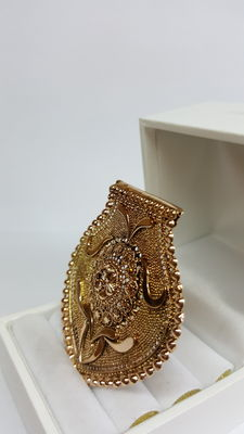 14 kt yellow gold antique brooch, handmade