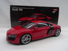 Kyosho - Scale 1/18 - Audi R8 2009 - Colour: Red