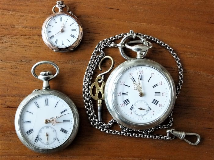 three pocket watches and tne chains catawiki