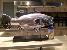 83 (!) cm fish in chrome look on stand - high gloss - perfect eye-catcher