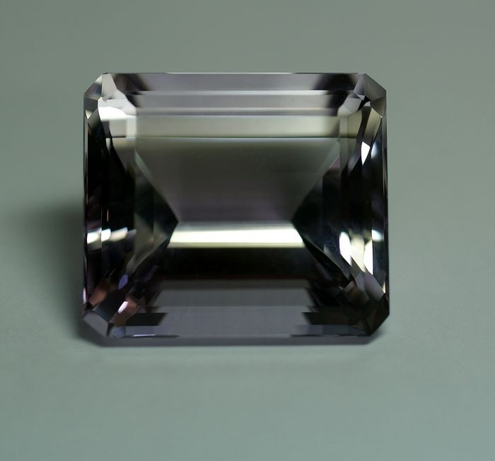 Ametyst - 87.34 ct