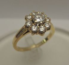 Gold ring of 18 kt with diamond, ring size: 17 mm
