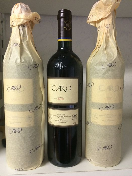 """Caro 2009 Argentinië, Mendoza 0.75 An association between two cultures, two families and two noble grapes"""" Baron Eric de Rothschild"""" three bottles"""